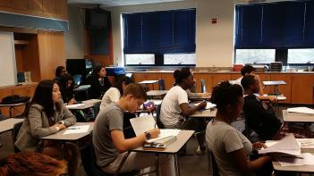 오산미국고등학교 본교학생 18명 수업참관 첨부이미지