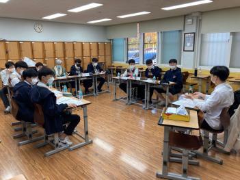1학년 교내토론대회