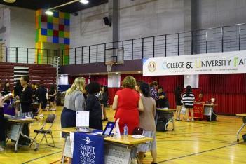 2018, College & University Fair 첨부이미지