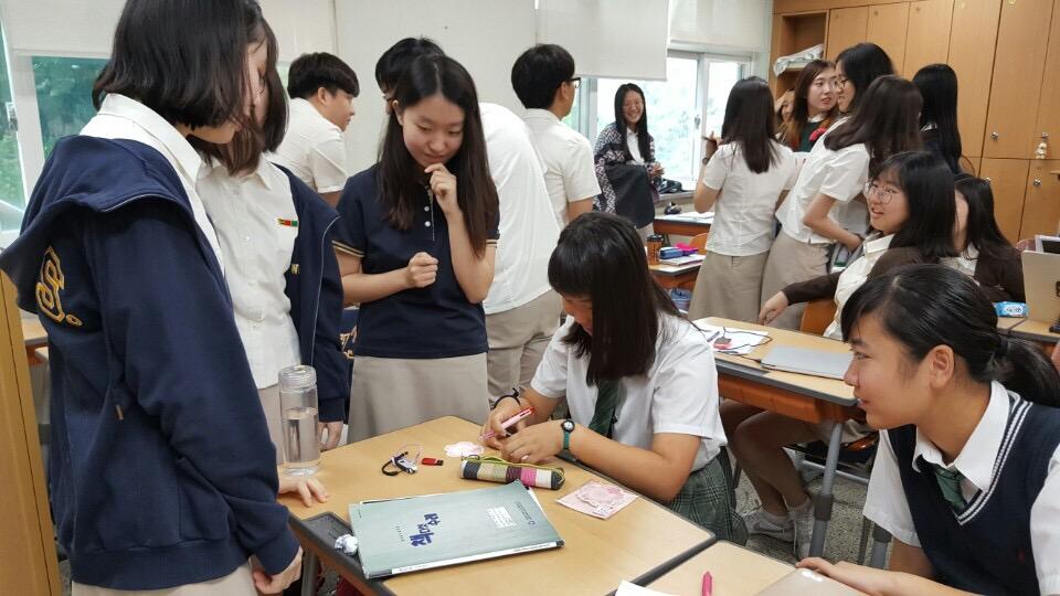 본교 자매학교인 일본 게이오대학교 부속고등학교 학생들이 본교를 방문하여 교류