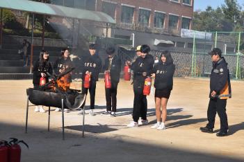 2019.10.30.(수) 지진대피 및 화재진압 훈련... 첨부이미지